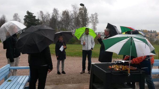 Suurpellon suunnittelukävely päättäjien kanssa 28.9.2016