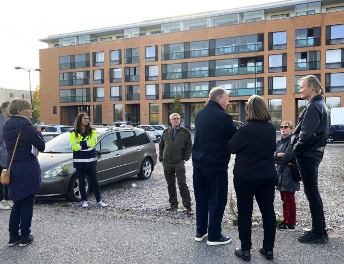 Suurpelto-seuran ja virkamiesten puistokävely 1.10.2020